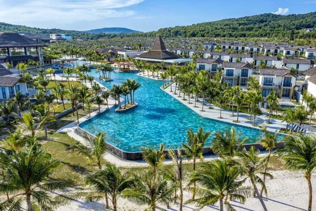 2 khách sạn mới của Sun Group lọt top điểm đến tuyệt vời nhất thế giới 2021 - Ảnh 1.