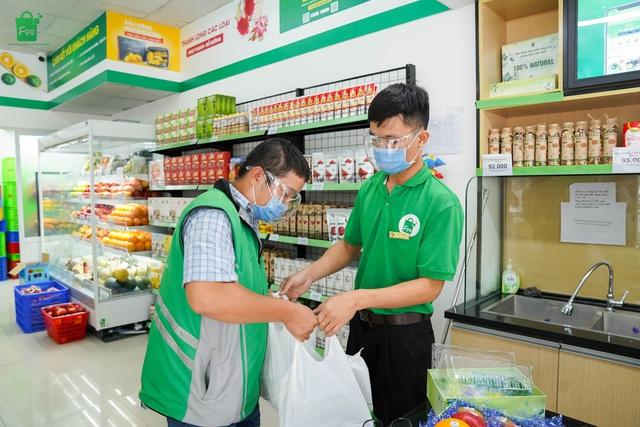Hà Nội thực hiện chỉ thị 16, ứng dụng mua sắm thực phẩm Online lên ngôi - Ảnh 1.