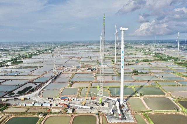 """Tập đoàn Kosy đẩy nhanh tiến độ thi công nhà máy Điện gió Kosy Bạc Liêu trước """"giờ G"""" - Ảnh 1."""