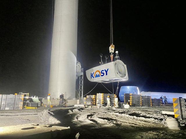 """Tập đoàn Kosy đẩy nhanh tiến độ thi công nhà máy Điện gió Kosy Bạc Liêu trước """"giờ G"""" - Ảnh 3."""
