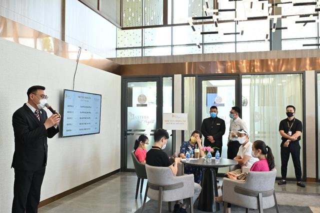 Masteri West Heights thu hút khách trong lần đầu ra mắt tại Hà Nội - Ảnh 1.