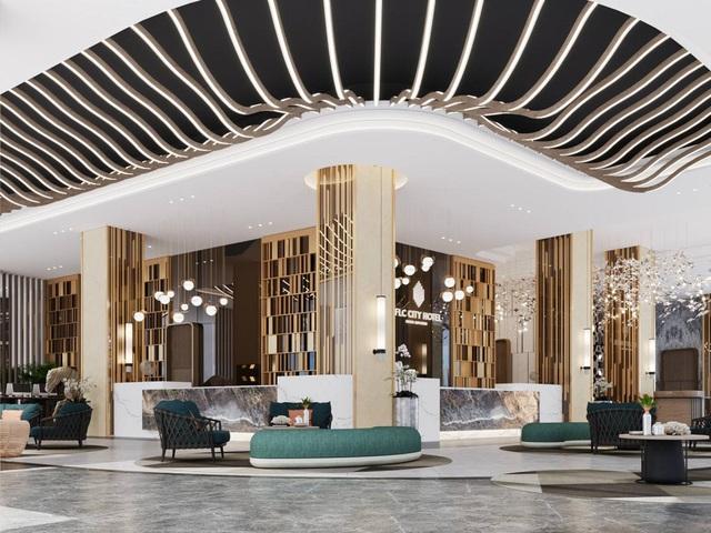FLC chuẩn bị khánh thành khách sạn 5 sao gần 30 tầng tại Quy Nhơn - Ảnh 1.