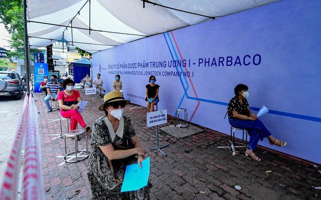 Công ty cổ phần Dược phẩm Trung Ương I - Pharbaco hỗ trợ tổ chức tiêm vắcxin phòng covid-19 tại Hà Nội - Ảnh 2.