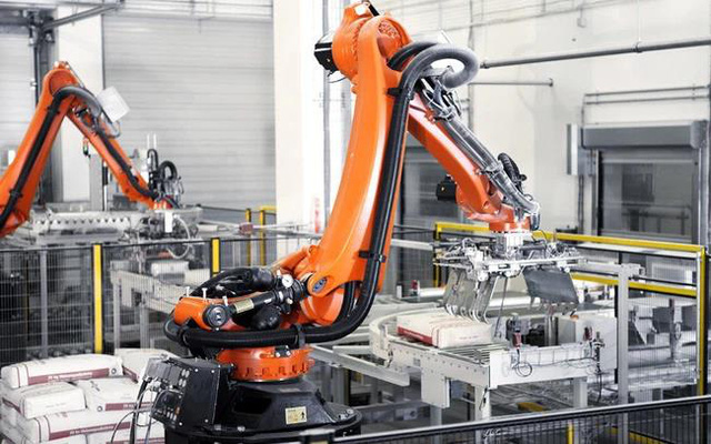 Giới chuyên gia chỉ ra lý do doanh nghiệp nên đẩy mạnh ứng dụng Robot tự động - Ảnh 4.