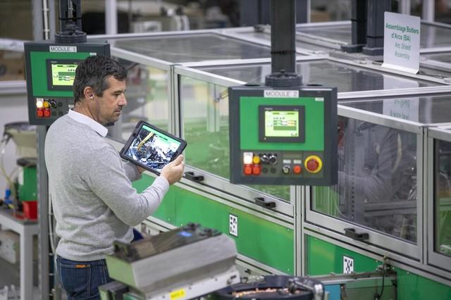 Ứng dụng tự động hóa trong nhà máy: tương lai của ngành sản xuất - Ảnh 3.