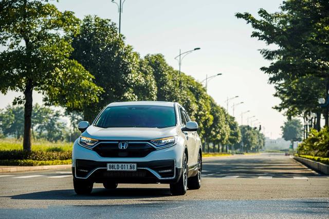Nhận ngay ưu đãi 100% lệ phí trước bạ khi mua Honda CR-V trong tháng 8 - Ảnh 1.