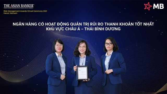 The Asian Banker vinh danh MB ba giải thưởng lớn - Ảnh 1.