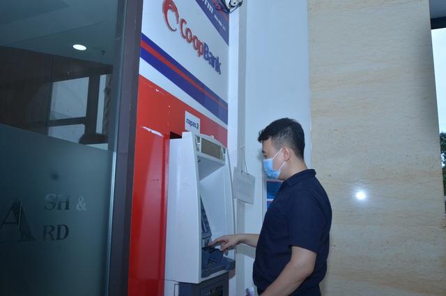 Co-opBank mở rộng thanh toán không dùng tiền mặt chung tay chống đại dịch Covid-19 - Ảnh 2.