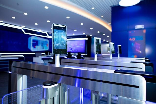 Kienlongbank chuyển đổi số - Từ phòng giao dịch 5 sao đến Digital Bank toàn diện - Ảnh 1.