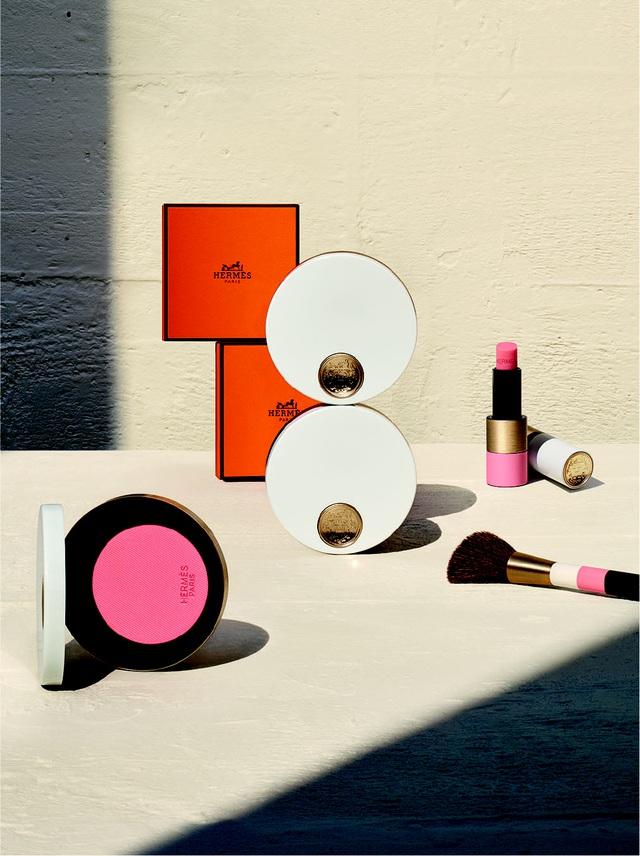 Doanh thu ấn tượng giữa đại dịch, Hermès nắm giữ vị trí hàng đầu trong ngành hàng xa xỉ - Ảnh 2.