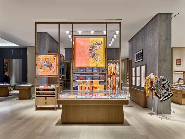 Doanh thu ấn tượng giữa đại dịch, Hermès nắm giữ vị trí hàng đầu trong ngành hàng xa xỉ - Ảnh 3.