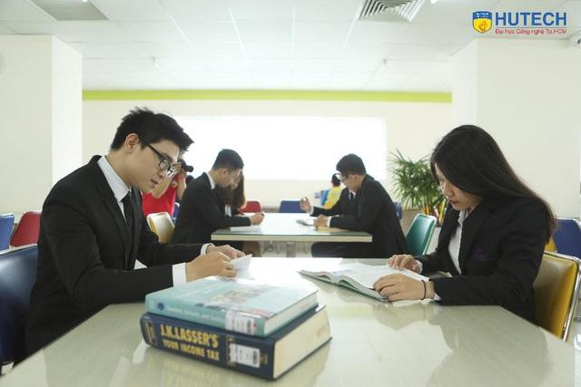 MBA OUM - Bệ phóng thành công trong môi trường kinh doanh quốc tế - Ảnh 2.