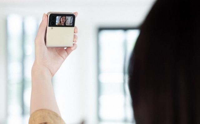 Giải mã cơn sốt Galaxy Z: vì sao smartphone đỉnh chóp lại được giới trẻ chú ý nhiều đến vậy - Ảnh 3.