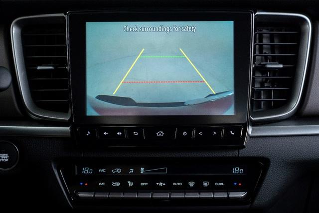 Mazda BT-50 2021 mang luồng gió mới cho phân khúc bán tải đô thị với tiện nghi như SUV cao cấp - Ảnh 6.