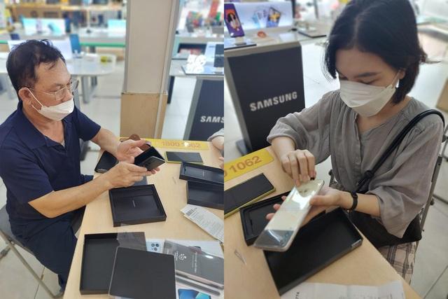 Đúng hẹn, người dùng đặt mua trước đã được trên tay Galaxy Z trước giờ G nhờ nỗ lực phi thường của Samsung - Ảnh 6.