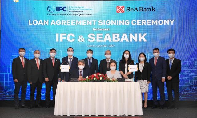 Nhiều tổ chức tài chính quốc tế tiếp sức cho ngân hàng Việt - Ảnh 1.