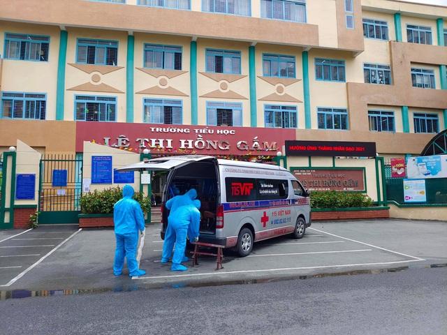 Báo Thanh Niên kêu gọi bảo trợ hơn 1.500 học sinh mồ côi do đại dịch ở TP.HCM - Ảnh 1.