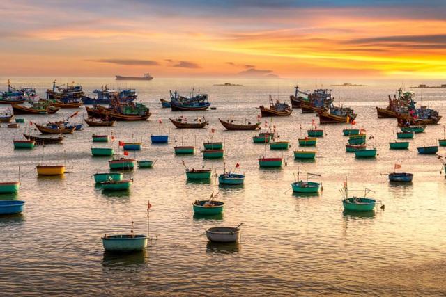 Giới đầu tư săn đất nền ven biển La Gi chờ ngày lên thành phố - Ảnh 1.