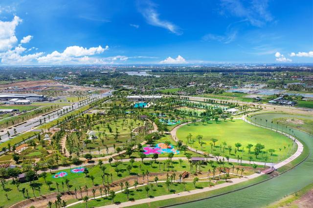 """Chọn """"thành phố bên sông"""" Waterpoint vì không gian xanh, gia đình 3 thế hệ nhận được cuộc sống trọn vẹn với hệ sinh thái tiện ích tuyệt vời - Ảnh 4."""