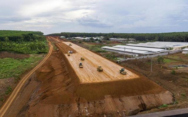 La Gi hưởng lợi từ sân bay Long Thành và sân bay Phan Thiết - Ảnh 1.