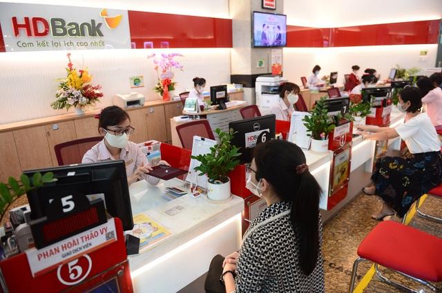 HDBank vào Top thương hiệu tài chính dẫn đầu Việt Nam do Forbes bình chọn - Ảnh 1.