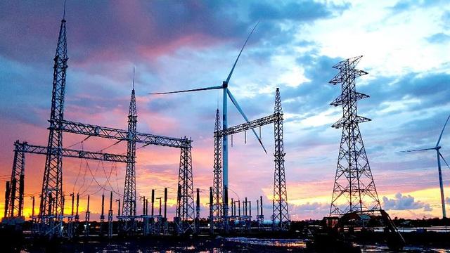 Hoàn thành lắp đặt turbine, nhà máy Điện gió Kosy Bạc Liêu sẵn sàng về đích - Ảnh 4.