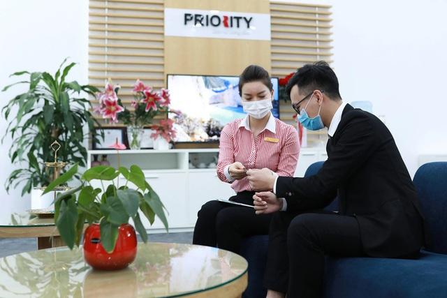 """Techcombank được ADB trao tặng """"Ngân hàng đối tác hàng đầu tại Việt Nam"""" lần 2 - Ảnh 1."""