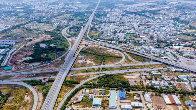 """Đột phá hạ tầng, BĐS Phan Thiết vẫn """"gây sốt"""" bất chấp dịch bệnh - Ảnh 1."""