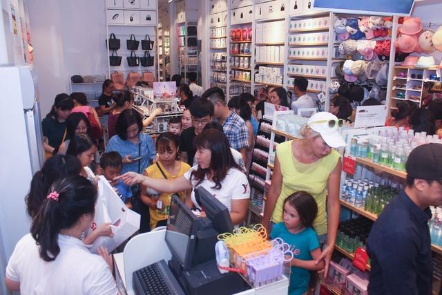 """Tại sao một vài chuỗi cửa hàng tiện lợi như Miniso càng ngày càng được người tiêu dùng """"ưu ái""""? - Ảnh 2."""