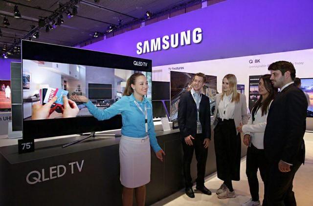 Kết thúc năm 2017, Samsung vẫn giữ ngôi vị nhà sản xuất TV hàng đầu thế giới - Ảnh 1.