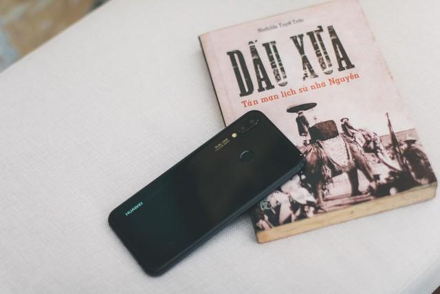 Huawei Nova 3e - Yêu ngay từ cái nhìn đầu tiên - Ảnh 1.