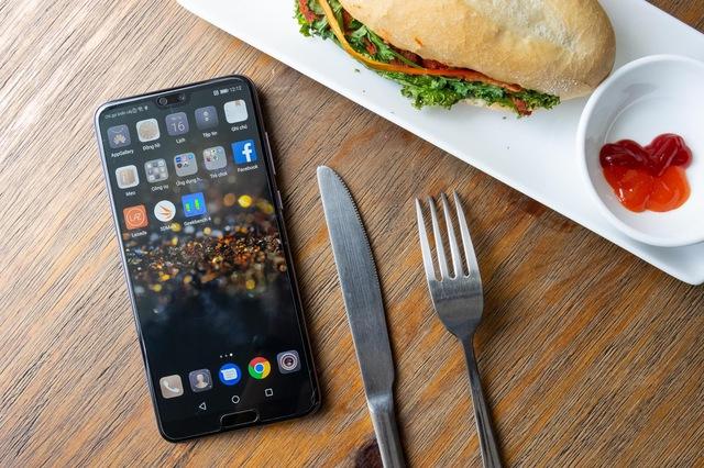 Huawei P20 Pro: Tìm hương vị lạ cho phân khúc cao cấp - Ảnh 15.