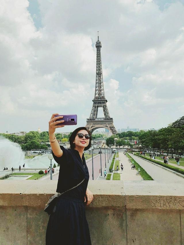 """Khả năng chụp ảnh mạnh mẽ nhờ camera """"thấy điều không thể"""" trên smartphone cao cấp của Samsung giúp đả nữ bắt trọn mọi khoảnh khắc đáng nhớ trong những chuyến đi"""