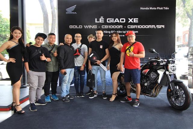 Chủ nhân đầu tiên sở hữu Honda CB1000R và Goldwing chính hãng tại Việt Nam - Ảnh 3.