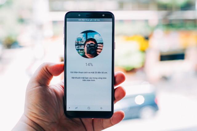 Samsung Galaxy J6 – Nhỏ và có võ, đáp ứng mọi nhu cầu giải trí nhẹ nhàng - Ảnh 11.