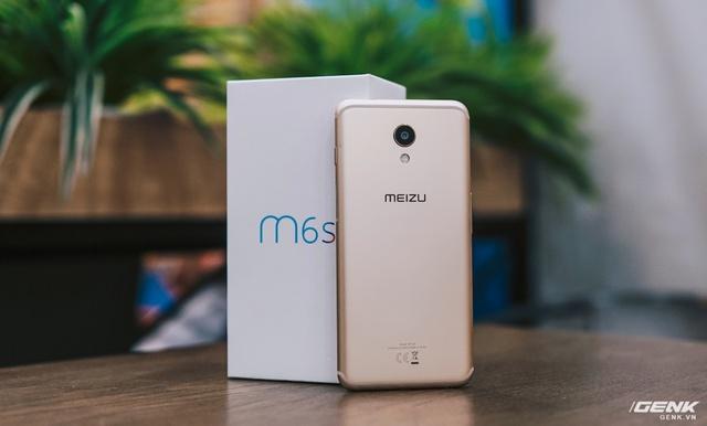 """""""Thích mê"""" với cử chỉ nút home như iPhone X và cảm biến vân tay cạnh viền trên Meizu M6S - Ảnh 1."""