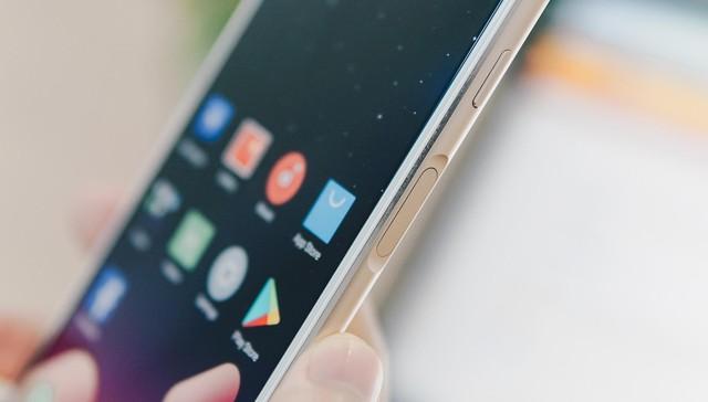 """""""Thích mê"""" với cử chỉ nút home như iPhone X và cảm biến vân tay cạnh viền trên Meizu M6S - Ảnh 2."""
