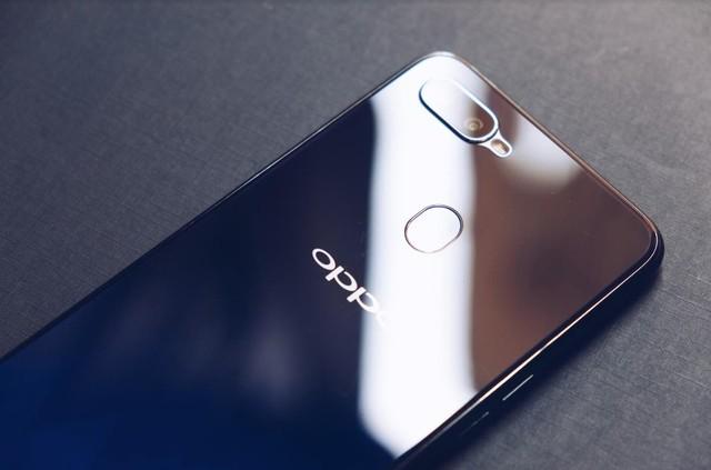 Khác biệt với phần còn lại, Oppo F9 mang lại cho người dùng nhiều món quà đặc biệt - Ảnh 3.