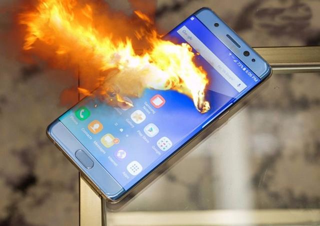 Nhiều game mobile cày cuốc bao phê nhưng đang làm ảnh hưởng nghiêm trọng tuổi thọ của điện thoại - Ảnh 1.