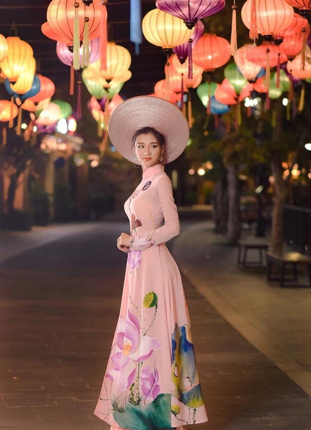 Cùng ngắm lại Top 10 mỹ nhân áo dài của Võ Lâm Truyền Kỳ Mobile - Ảnh 5.