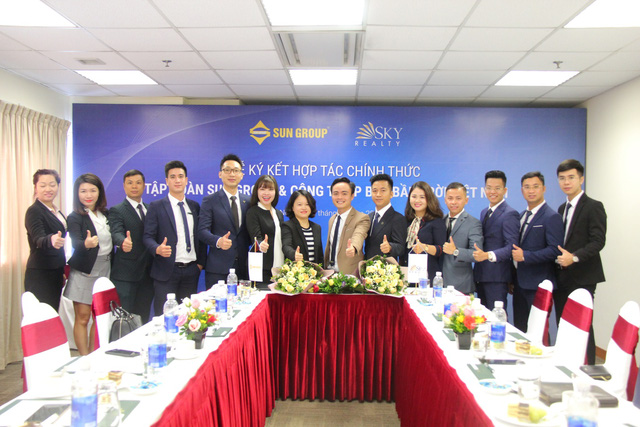 Lễ ký kết hợp tác chính thức Tập đoàn Sun Group và doanh nghiệp bất động sản bầu trời Việt Nam Sky Realty - Ảnh 2.