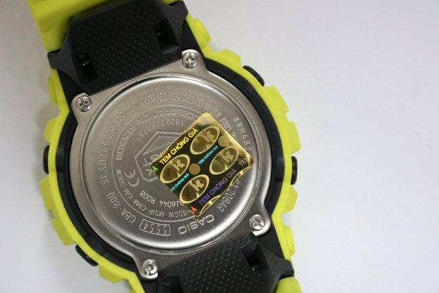 Mẹo mua đồng hồ thật dịp Tết Nguyên Đán - Ảnh 1.