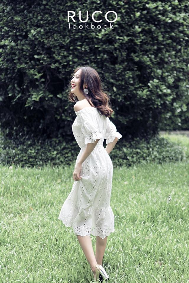 Hot item phải có trong hè: áo trễ vai, váy ren và trang phục đơn sắc - Ảnh 2.