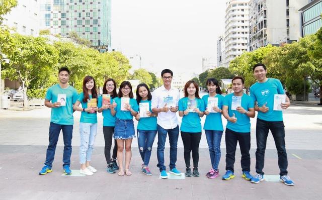 Hành trình tặng sách độc đáo lần đầu tiên xuất hiện tại Việt Nam đã chính thức khởi động - Ảnh 2.