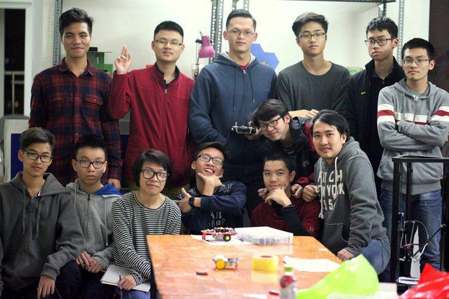 CLB Robotics trường THPT FPT đại diện Việt Nam tham gia cuộc thi quốc tế - Ảnh 1.