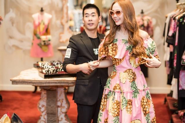 Minh Hằng chi mạnh tay shopping tại Dolce & Gabbana cho sự trở lại sau scandal - Ảnh 5.
