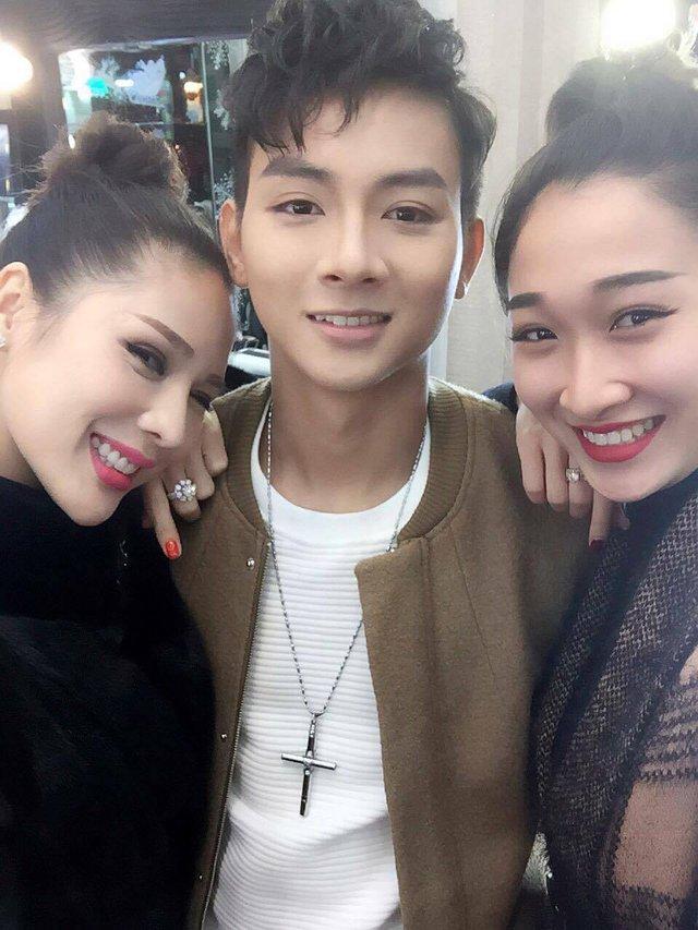 Tina Lê – Chuyên gia phù thủy make up cho nhiều sao Việt - Ảnh 1.