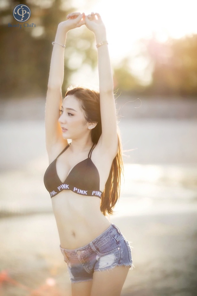 Ngay tại Việt Nam cũng có thể thiết kế những mẫu Bralette đẹp và phong cách đến thế này - Ảnh 6.