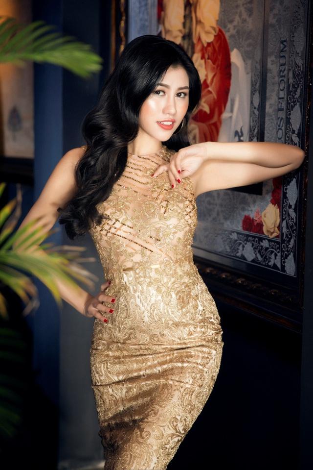 Người đẹp Emily Hồng Nhung đầy ma mị trong trang phục dạ hội mang phong cách châu Âu - Ảnh 8.