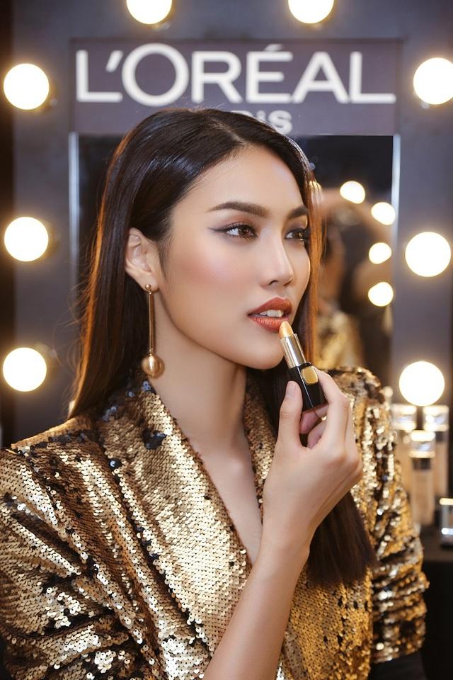 Lan Khuê và các thí sinh The Face đẹp lung linh với tông màu ánh kim Gold & Metallic - Ảnh 1.
